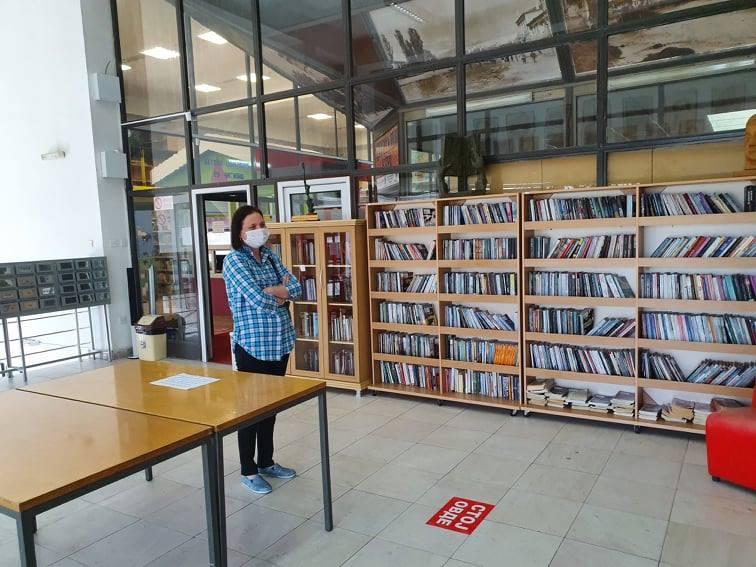 107599011 3481081021915999 6331492737289406152 n - Денеска чествуваме заедно 75 години од основањето на нашата Библиотека