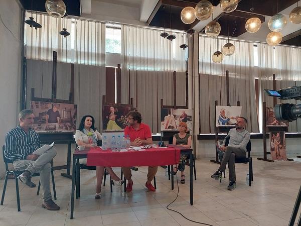 """4 - Библиотеката """"Борка Талески"""" гостин на """"Штипско културно лето"""" со три поставки"""